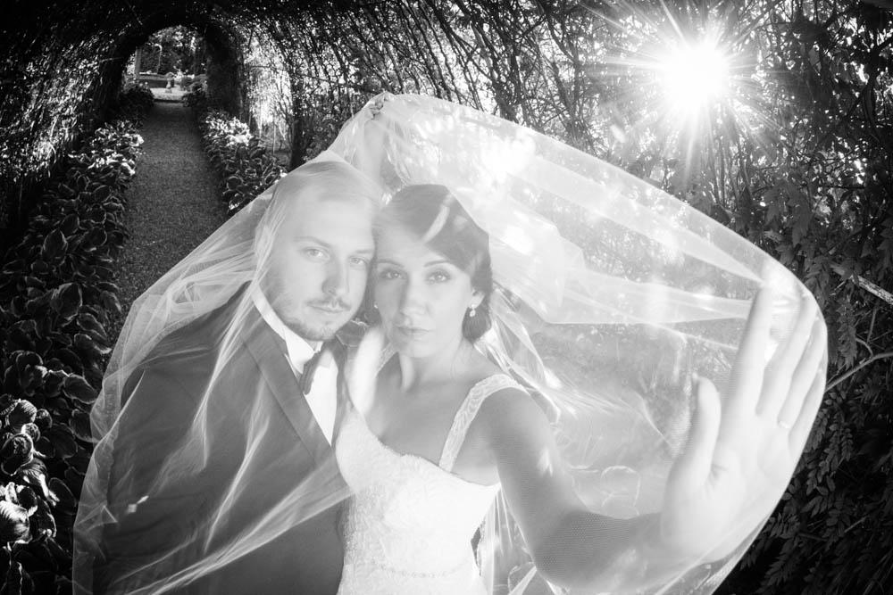sesja ślubna w ogrodach Hortulus